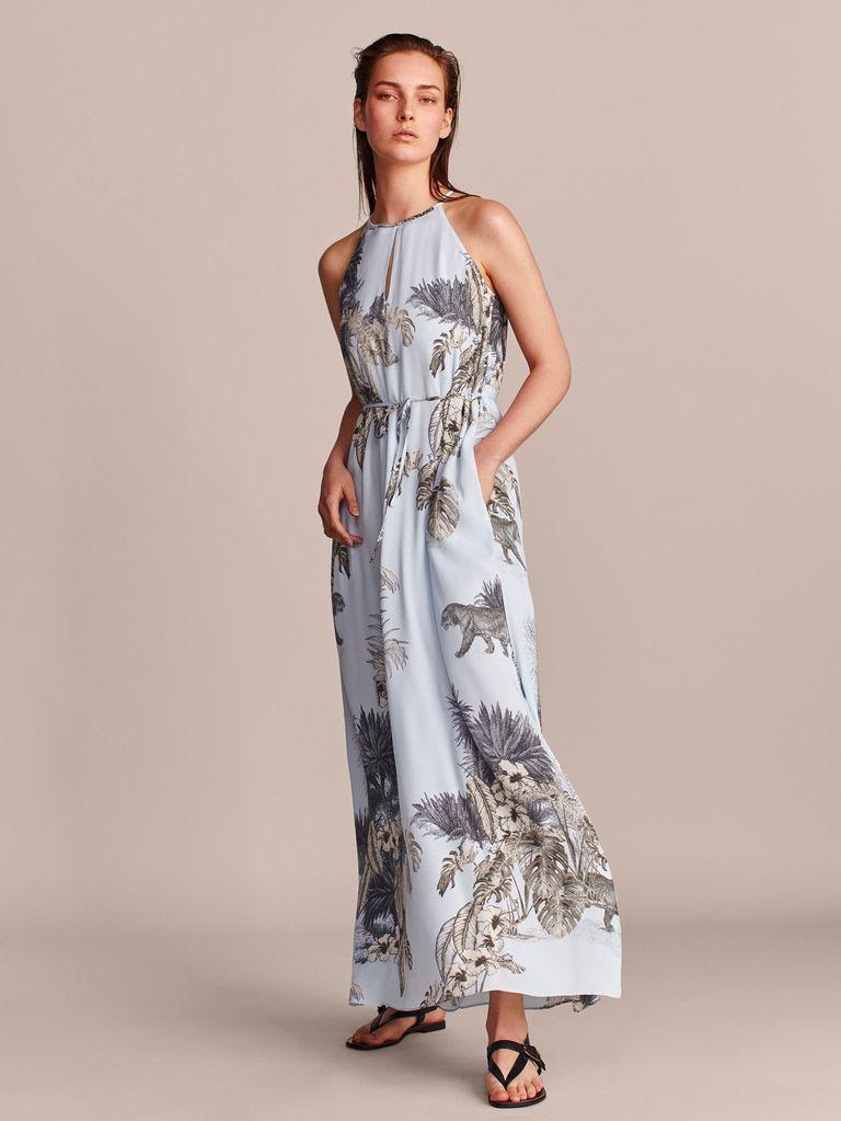 57c04ca65baa 11 vestidos largos de verano de Massimo Dutti por si todavía no ...