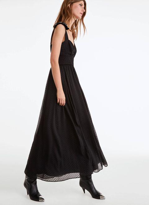 El Vestido Negro Largo De Terciopelo Y Plumeti De Uterqüe