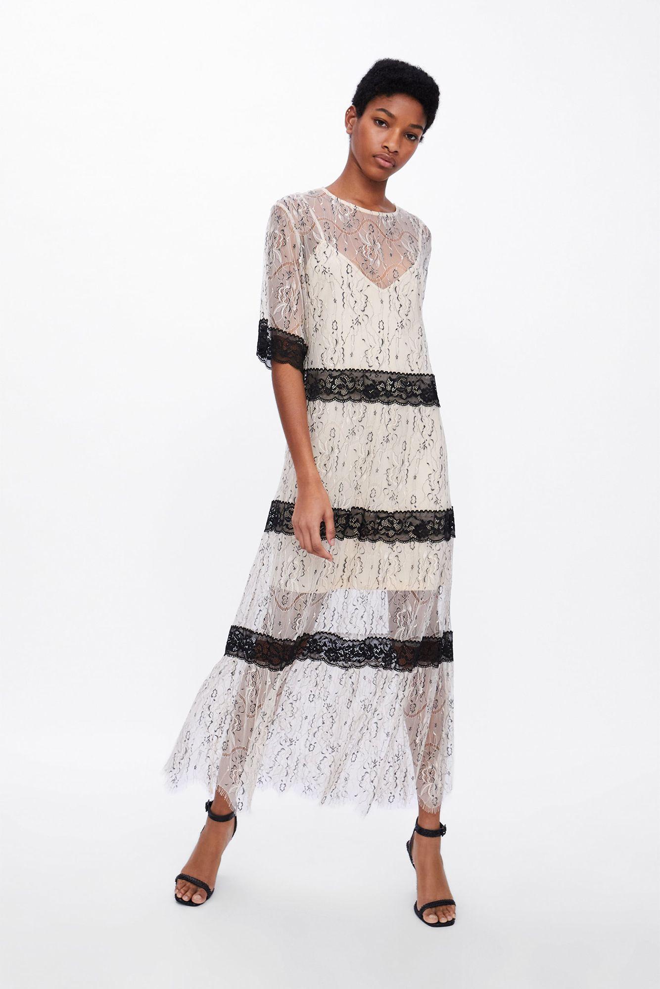 f8eb26888 Este vestido transparente con encaje de Zara es para ser invitada de boda
