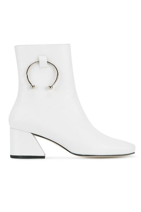 cd2f7220cd11 Jessica Simpson Deserves To Be A Billionaire for Making These White ...