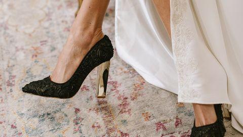fd3bd72c Los zapatos joya que sirven para novias, invitadas y para salir de ...