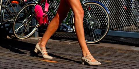 Uterqüe: Novedades de bolsos, zapatos y prendas para mujer