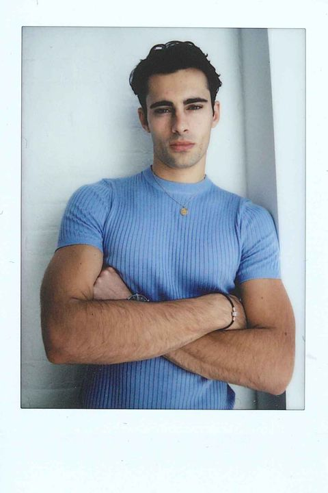 Photograph, Blue, T-shirt, Chin, Arm, Muscle, Neck, Model, Cool, Elbow,
