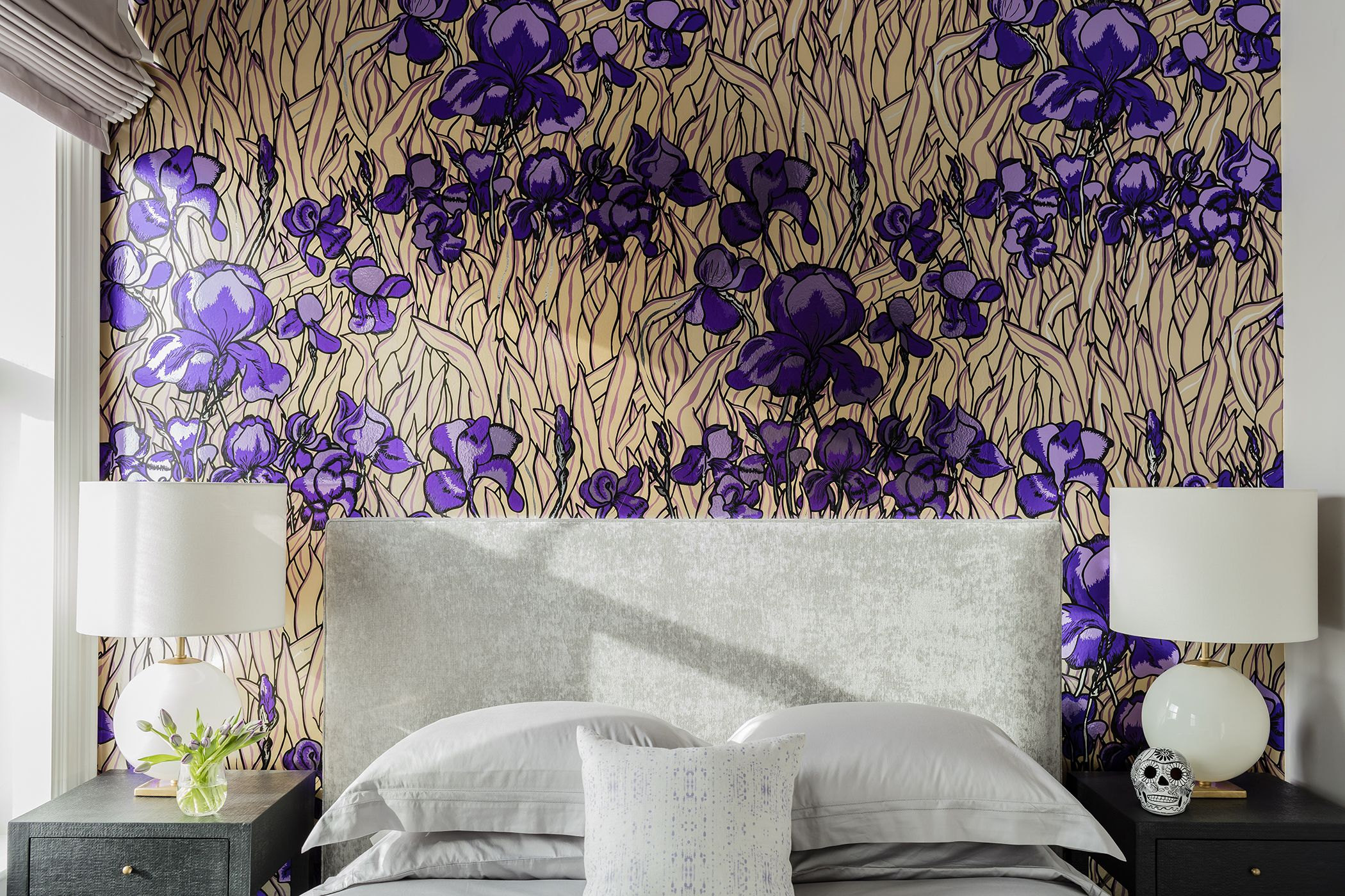 . 30 Bedrooms with Statement Wallpaper