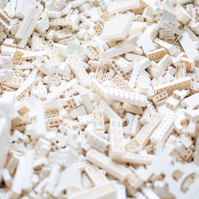 White, Beige, Chemical compound, Cigarette,