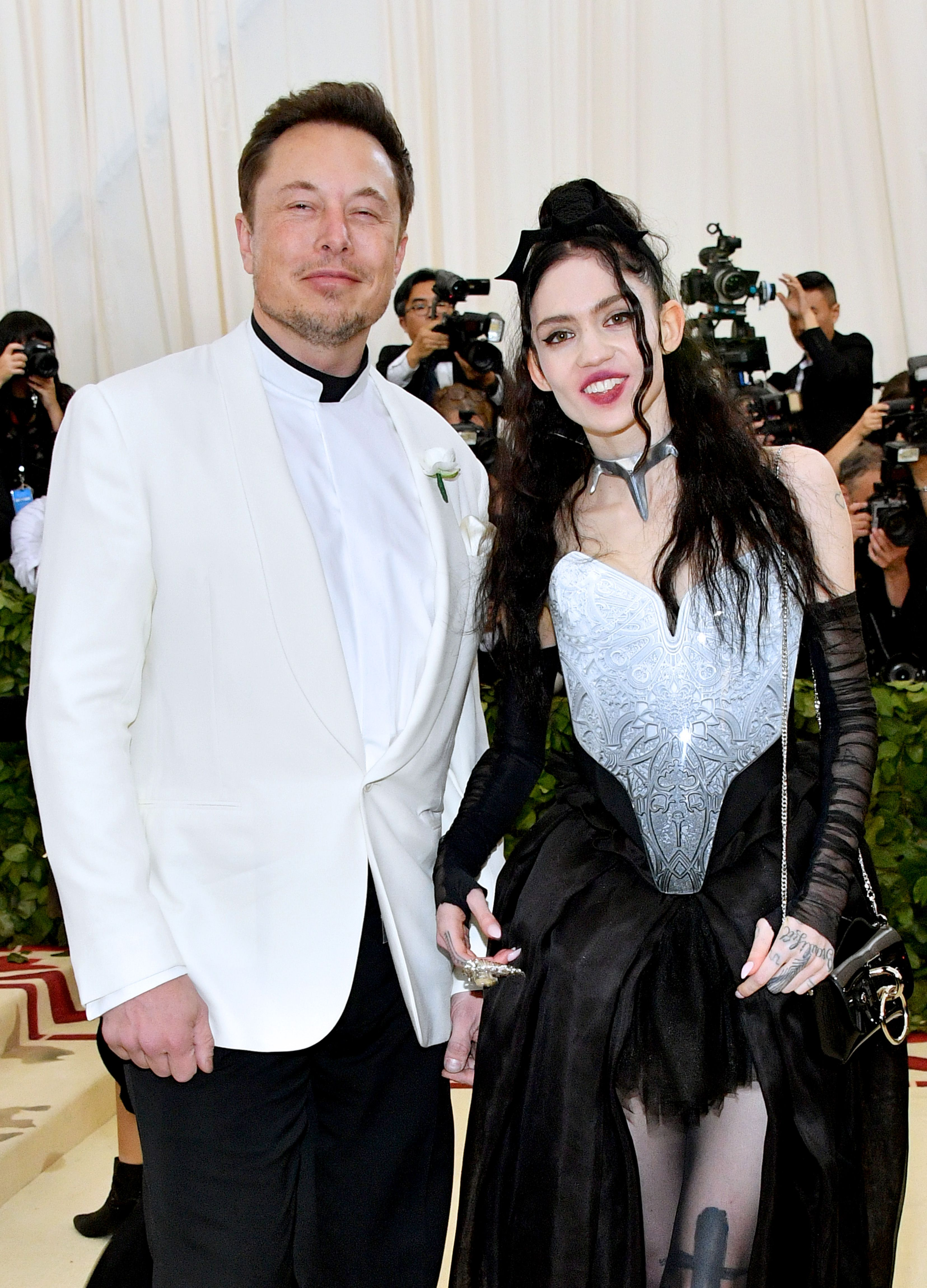 Grimes Confrims Elon Musk Is The Father Of Her Child In Rolling Stone Interview