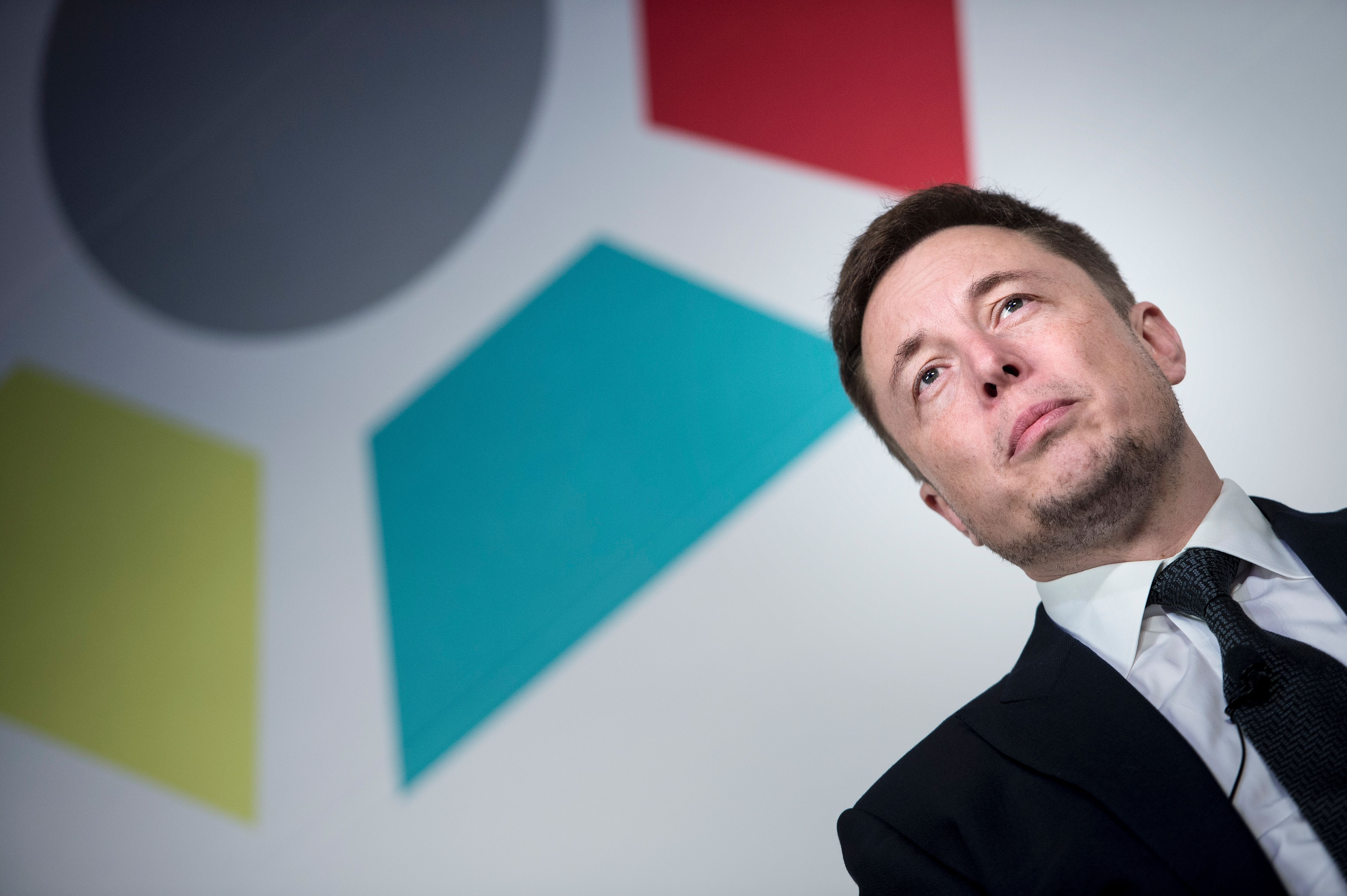 Elon Musk's Internet for Everyone Is Coming Very Soon