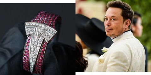 Elon Musk's Christmas Ring Is As Ridiculous As You'd Expect