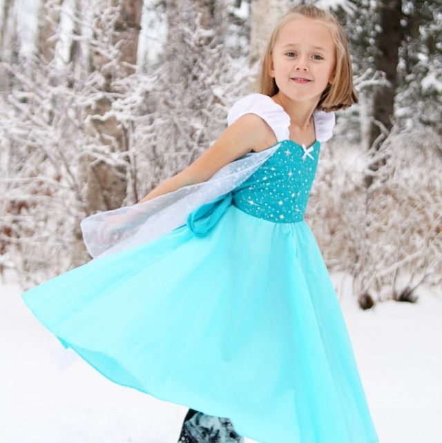 Halloween Costumes Easy Elsa 2020 20 DIY Frozen Costumes   Best Frozen Halloween Costumes for Adults