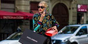 Elsa Hosk shopping