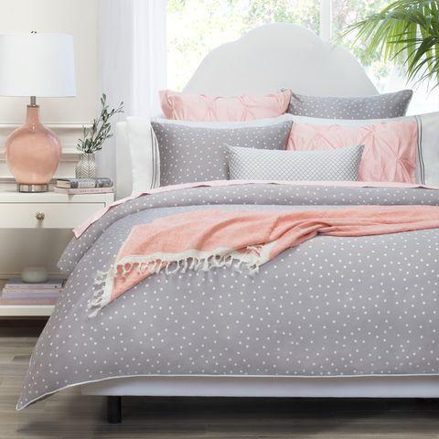 Bed sheet, Bedding, Bed, Furniture, Pink, Bed frame, Textile, Duvet cover, Duvet, Bedroom,