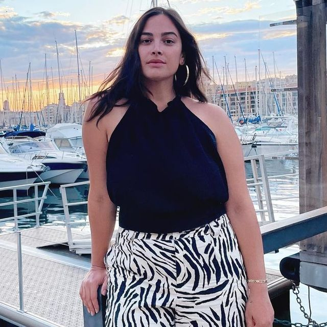 embajadora modelo talla media mango