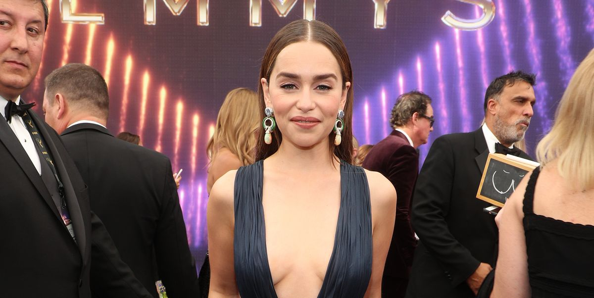 Game Of Thrones Emilia Clarke Reveals She Was Told To Do -8270