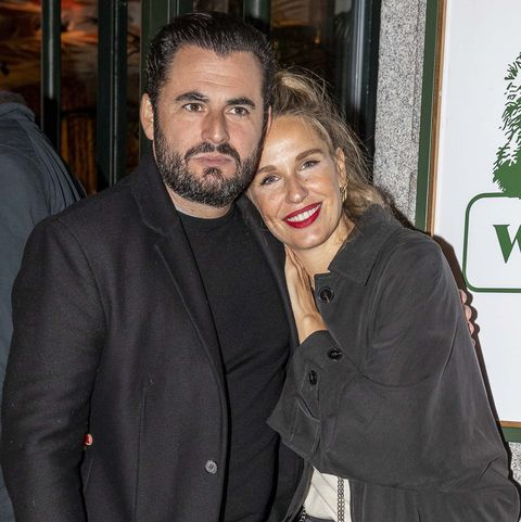 Emiliano Suárez y Carola Balaztena juntos en la inauguración de un restaurante