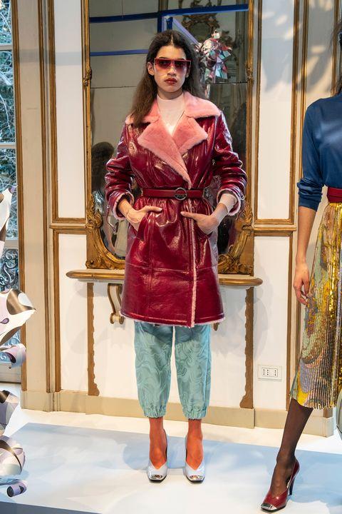 Clothing, Fashion model, Fashion, Fashion design, Fashion show, Dress, Textile, Silk, Haute couture, Costume,