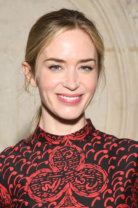 emily blunt christian dior show