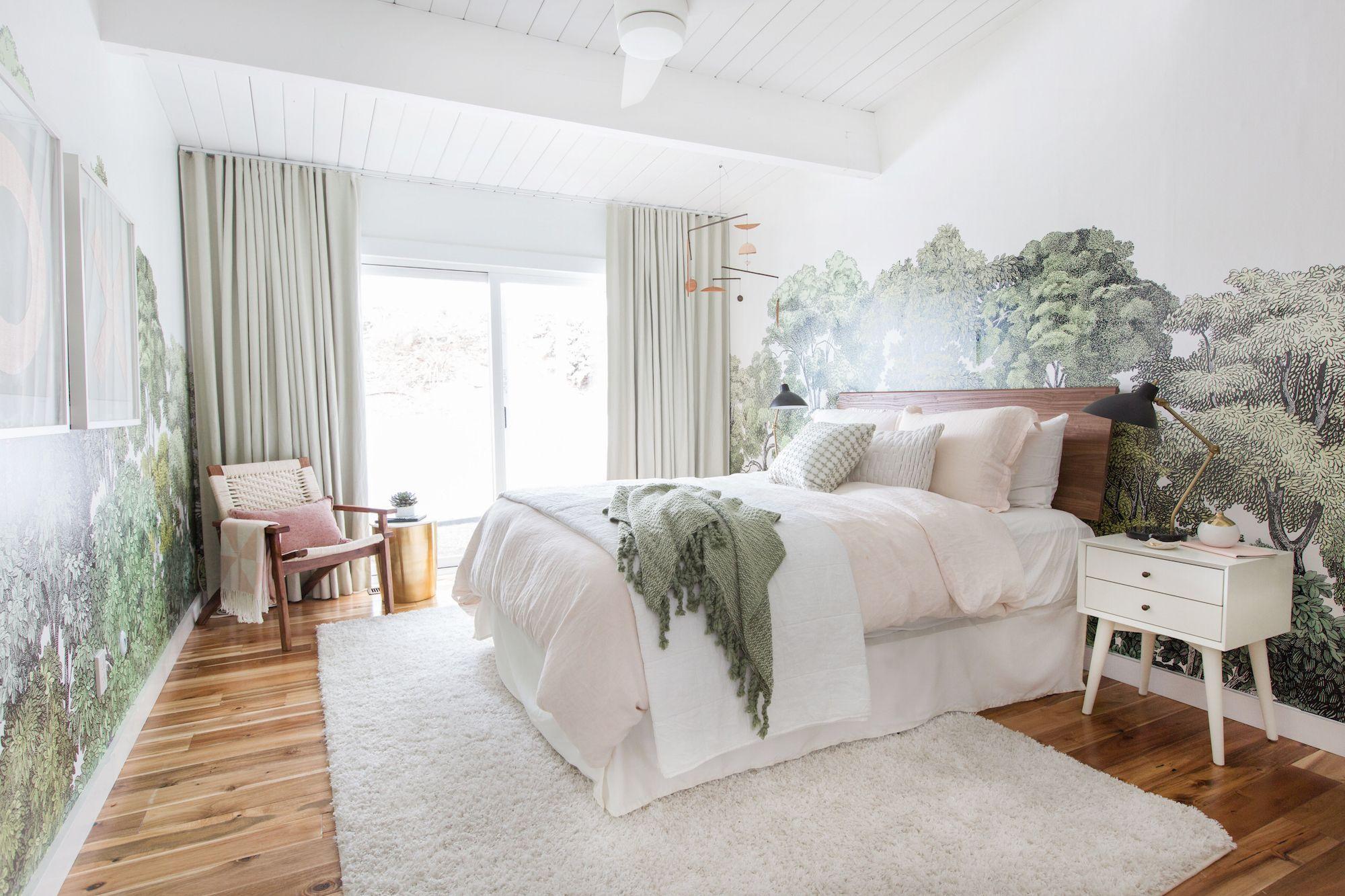 Dormitorio en la casa de Emily Henderson