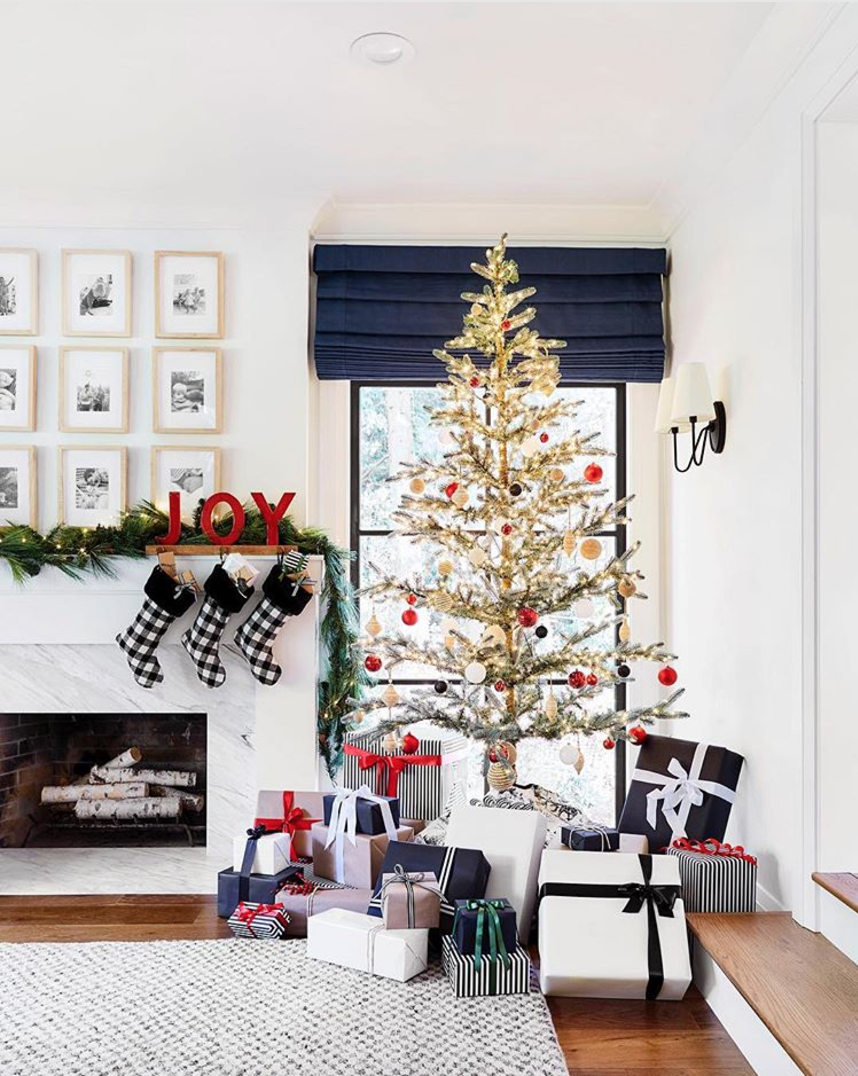 Sparse Christmas Trees Are The Latest Holiday Trend Christmas Tree Ideas