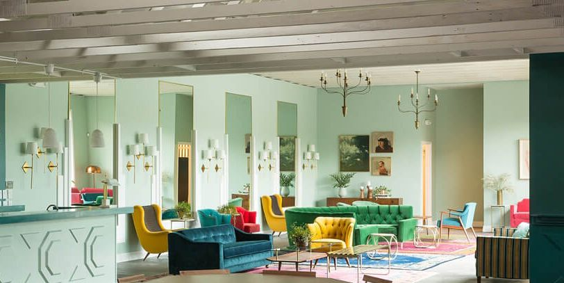 10 Best Ceiling Designs For Living Rooms