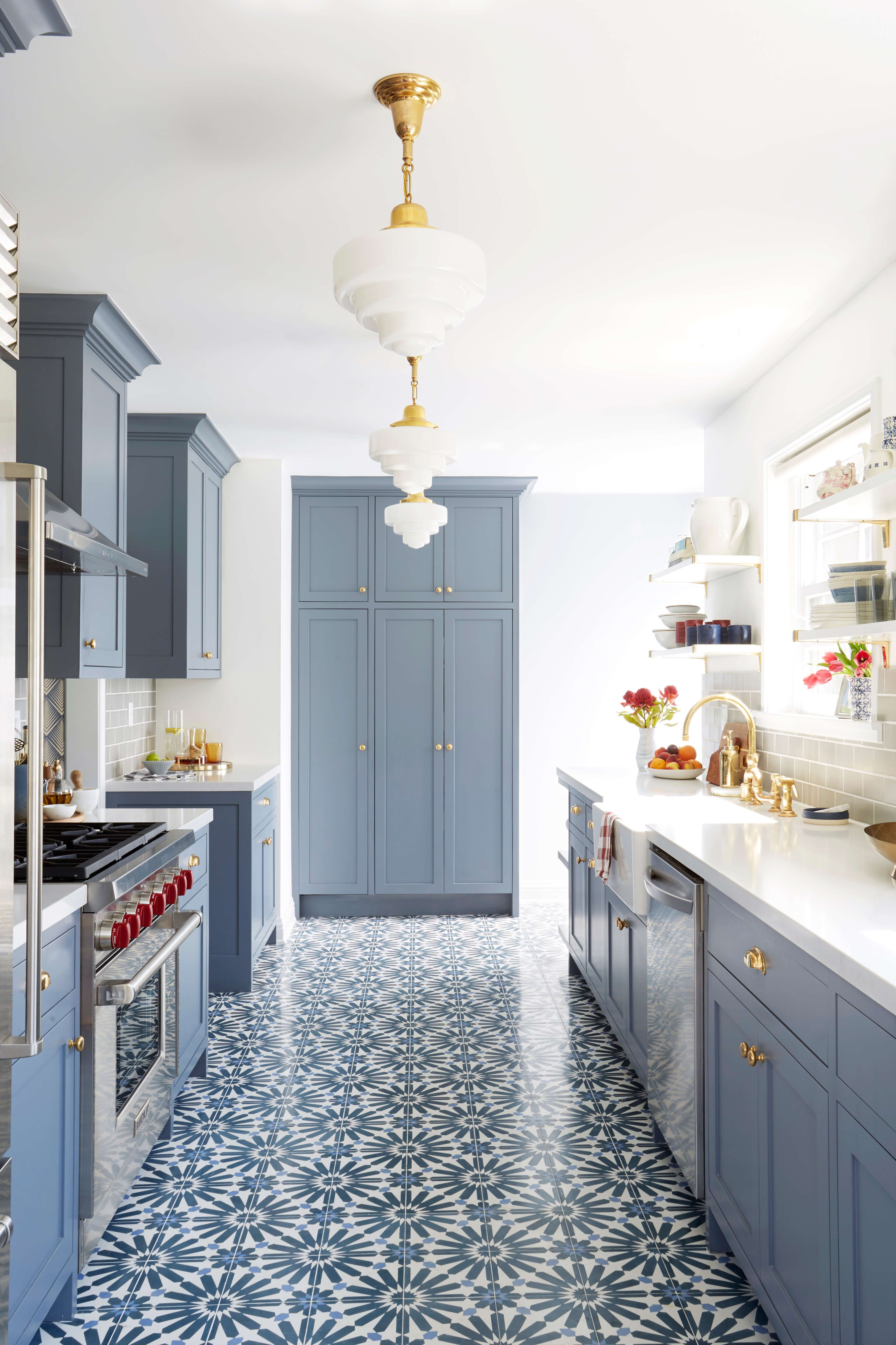 These Bold, Blue Kitchens Are Insanely Gorg