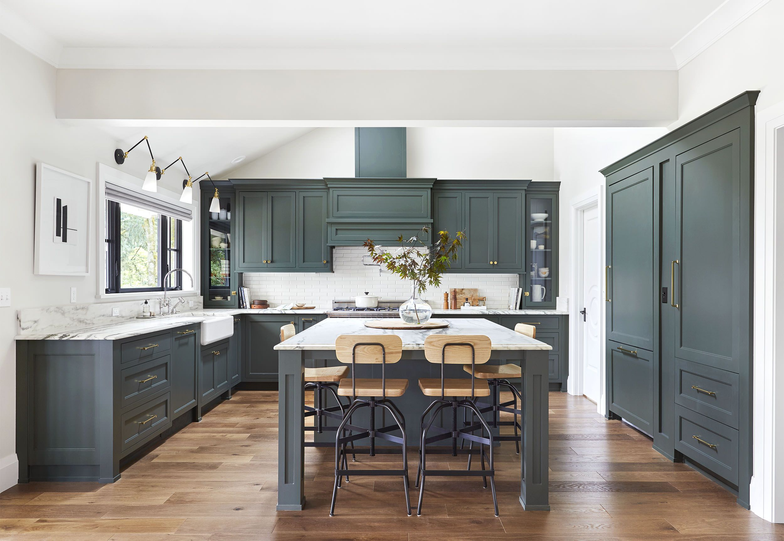 15 Green Kitchens You're About To Envy Hard