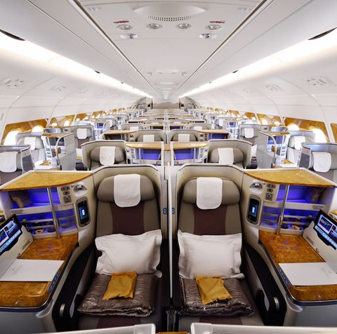 Airplane, Aerospace engineering, Business jet, Aircraft, Vehicle, Airline, Room, Air travel, Aircraft cabin, Airliner,