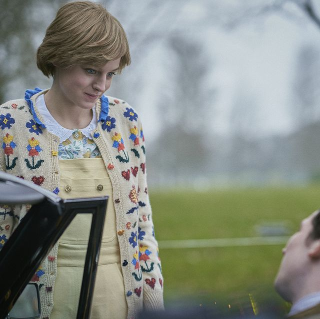 the crown s4 picture shows princess diana emma corrin and prince charles josh o connor filming location hickstead