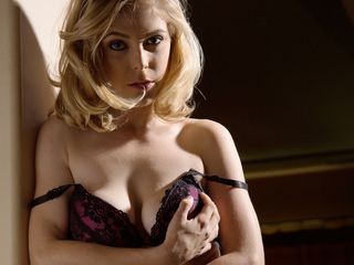 Lingerie, Blond, Beauty, Brassiere, Undergarment, Lip, Mouth, Photography, Chest, Photo shoot,