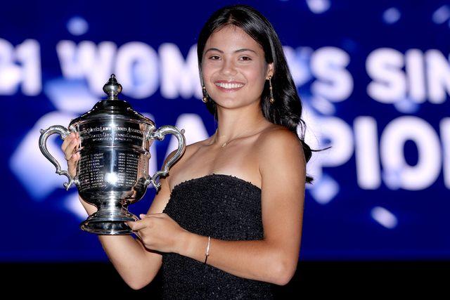 chi è emma raducanu la tennista diciottenne che ha vinto gli us open