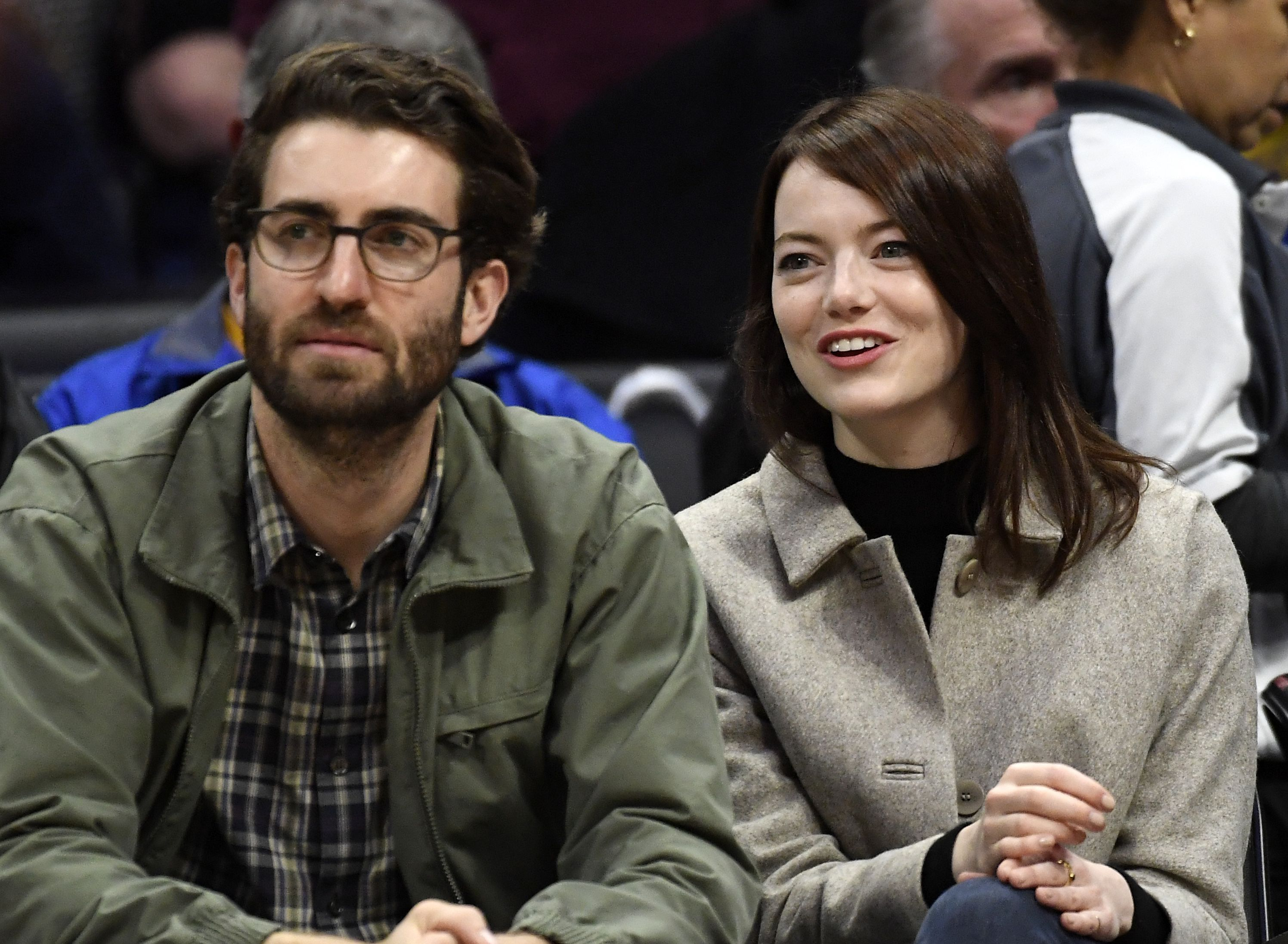 emma-stone-and-dave-mccary-attend-the-golden-state-warriors-news-photo-1589103071