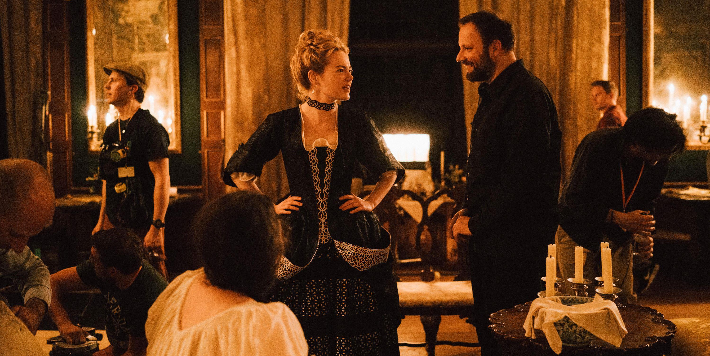 Yorgos Lanthimos y Emma Stone en el set de 'La favorita'