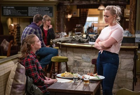 Tracy Metcalfe confronts Amy Wyatt in Emmerdale