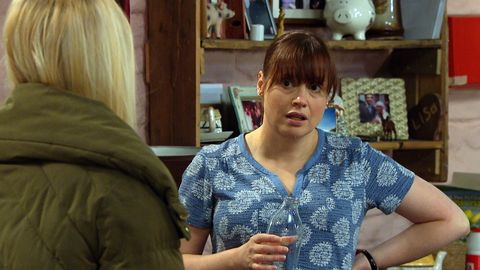 belle and lydia dingle in emmerdale
