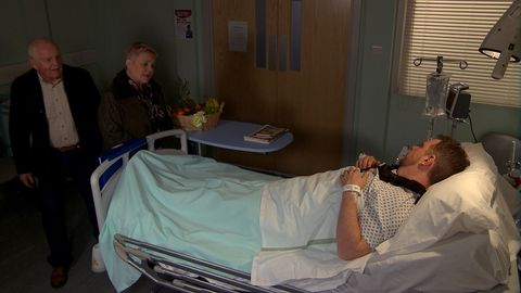 Brenda Walker visits Dan Spencer in Emmerdale