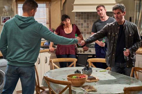Nate Robinson and Cain Dingle start getting along better in Emmerdale