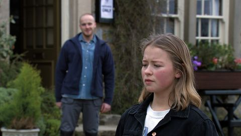 max and liv flaherty in emmerdale