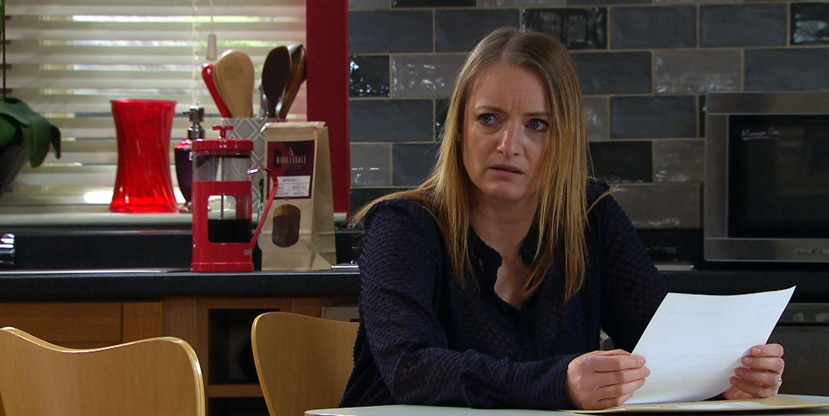 Emmerdale's Nicola Wheeler talks new direction for Nicola, Jimmy and Juliette story