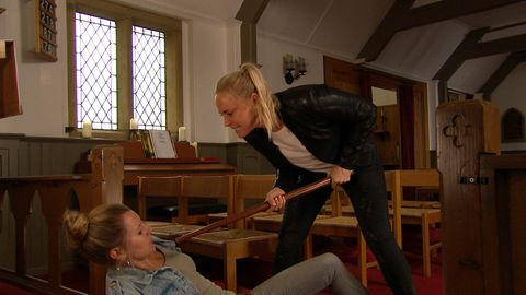 Tracy Metcalfe confronts Dawn Taylor in Emmerdale