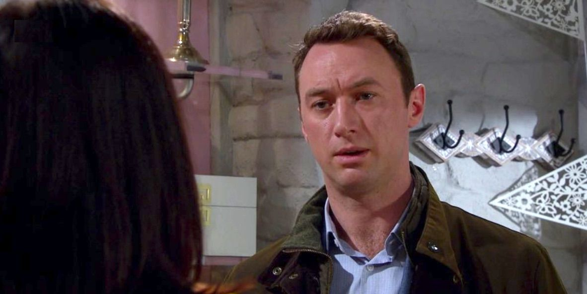 Emmerdale's Liam devastates Leyla as he sides with daughter Leanna after their recent bust-up