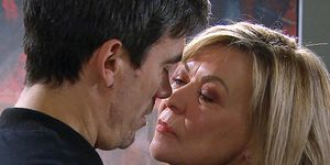 Kim Tate tries to seduce Cain Dingle in Emmerdale