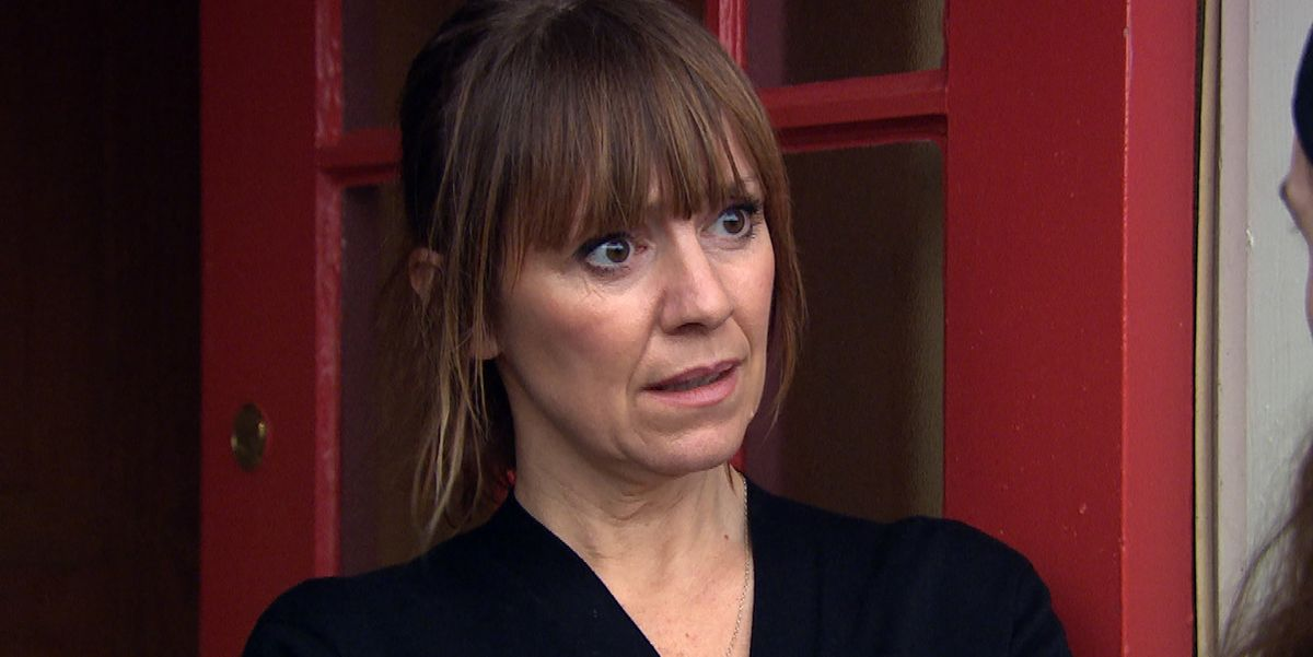 "Emmerdale's Zoe Henry says she'd ""prefer not to work"" with real-life husband Jeff Hordley on the soap"