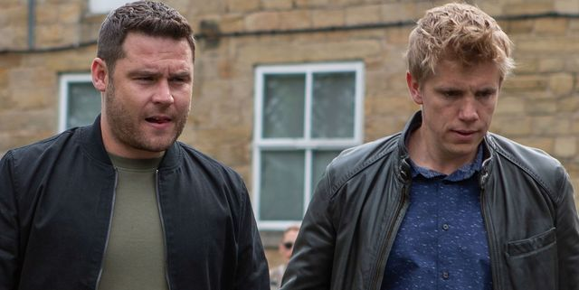 Emmerdale's Robert and Aaron face Dingle scrutiny over Mandy's stolen money
