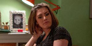 Victoria Barton confides in Moira Dingle in Emmerdale