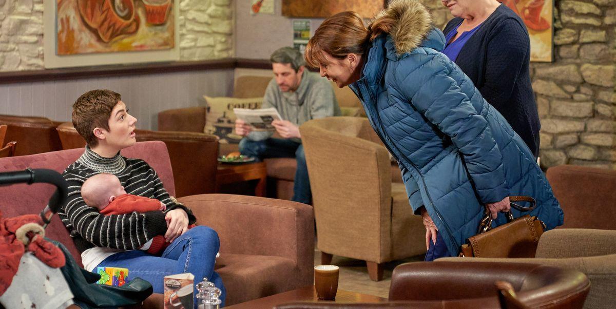 Emmerdale's Victoria Barton struggles to get close to Luke Posner next week