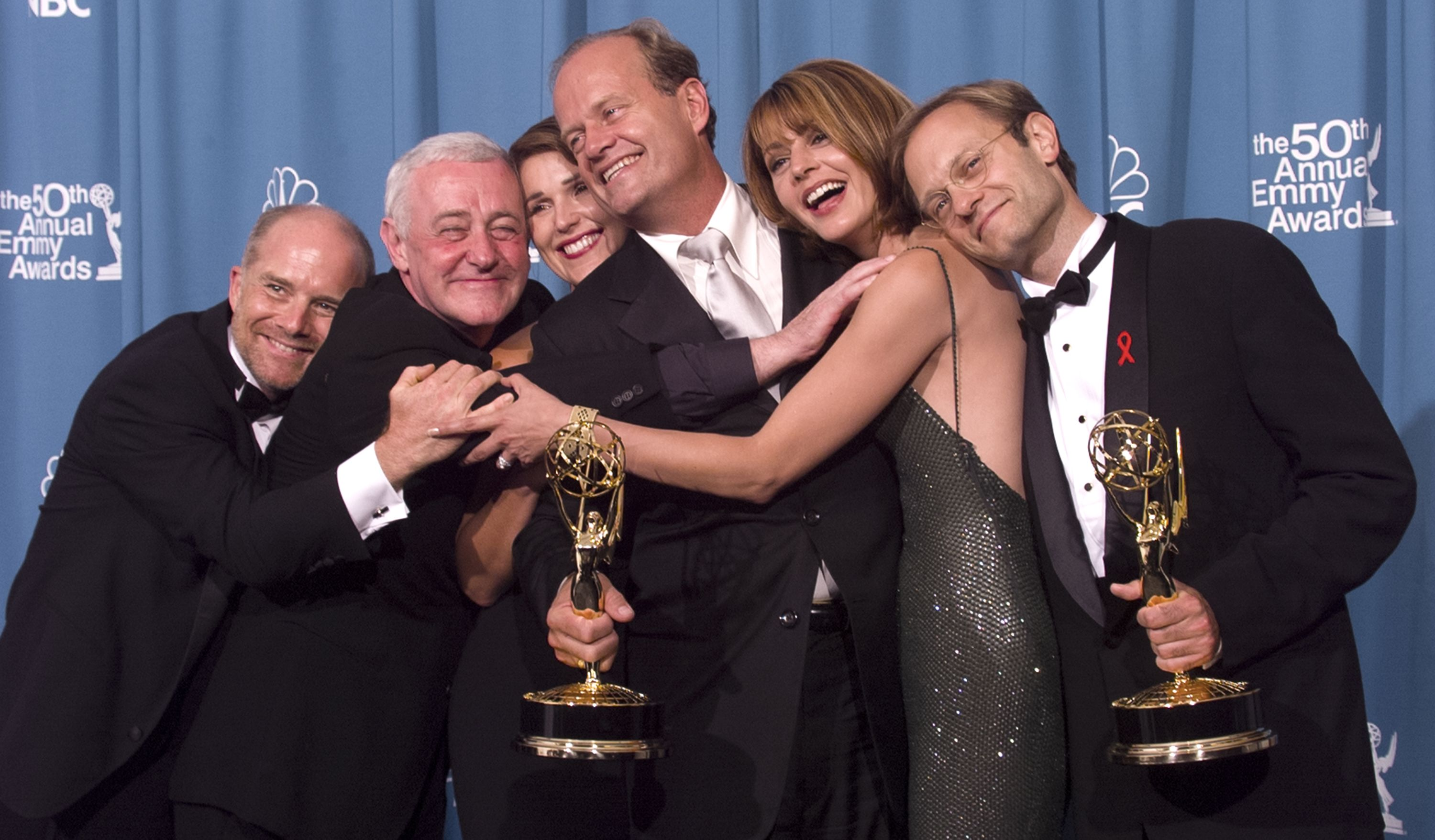 Frasier Reboot News Cast Rumors Kelsey Grammer Is Interested