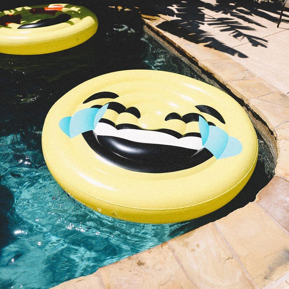 Emoji Laugh Float