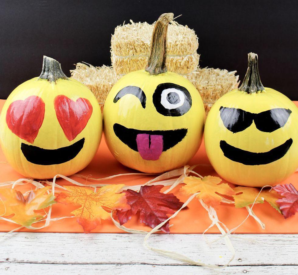 16 Best Emoji Pumpkin Carving and Painting Ideas , Emoji