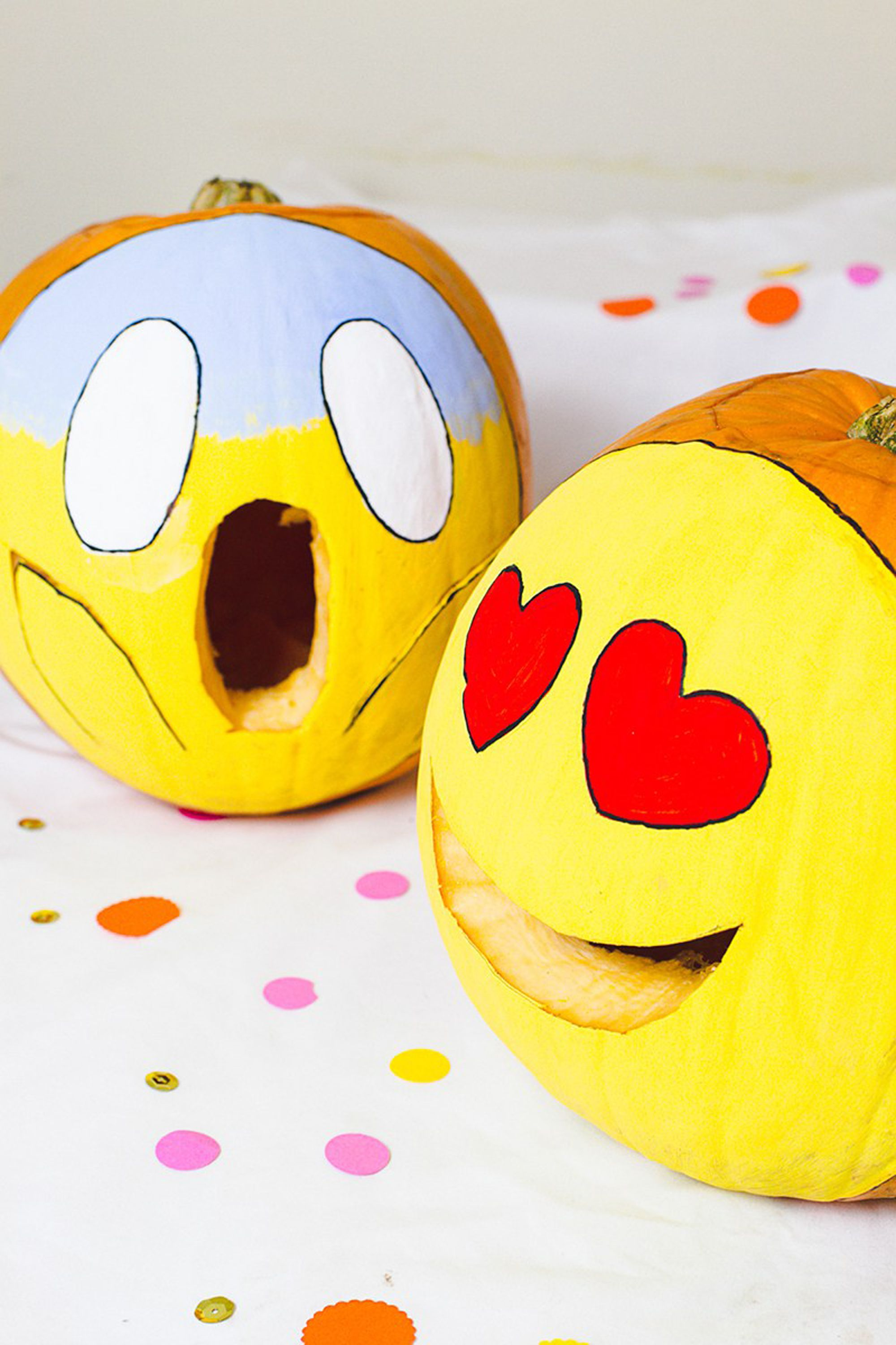 emoji pumpkin carving shocked