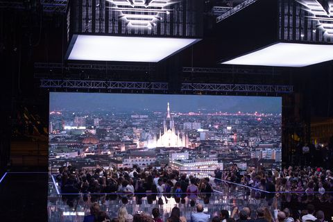 Stage, Crowd, Lighting, Architecture, Display device, Technology, City, Performance, Event, Audience,