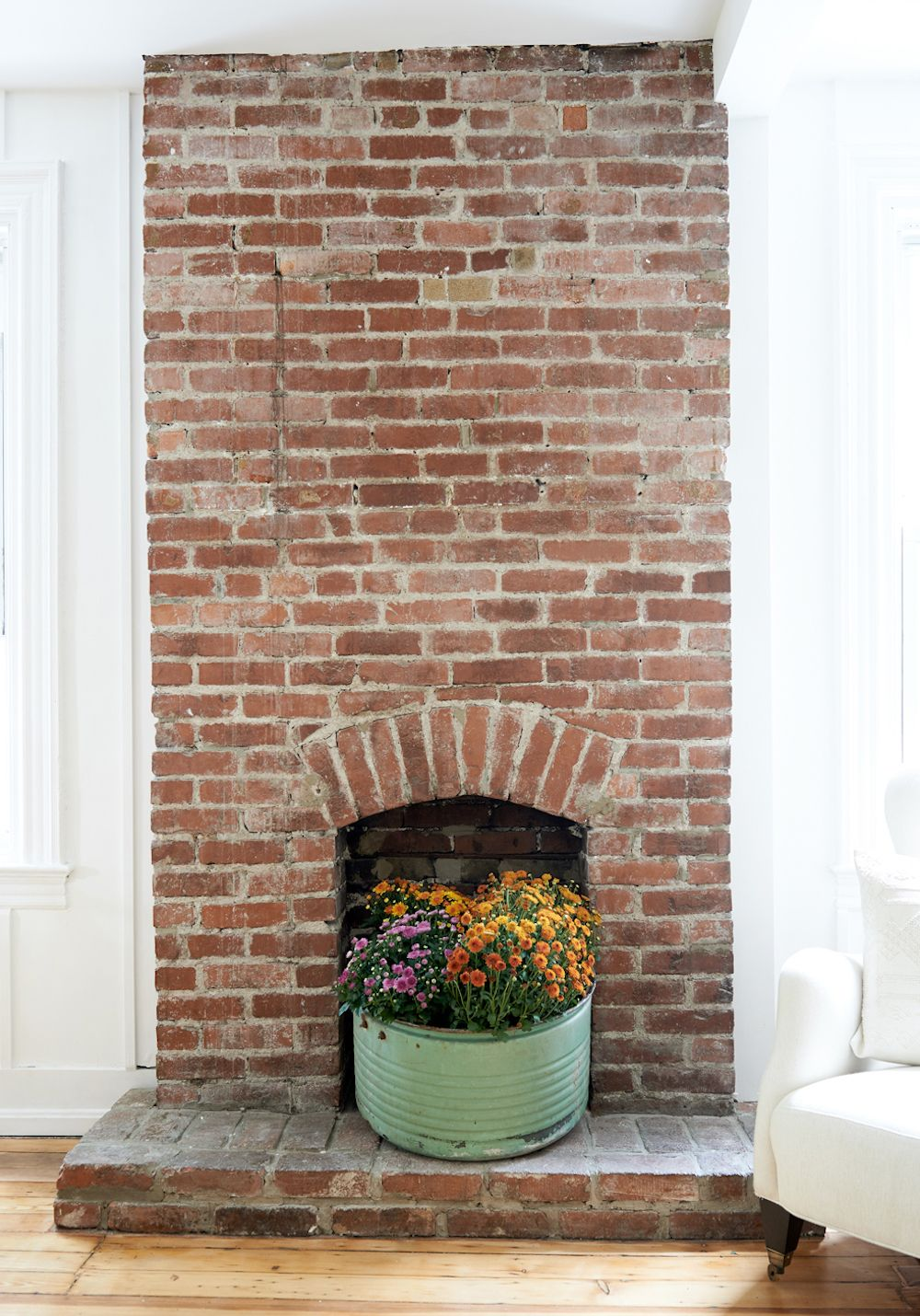 16 Empty Fireplace Ideas How To Style